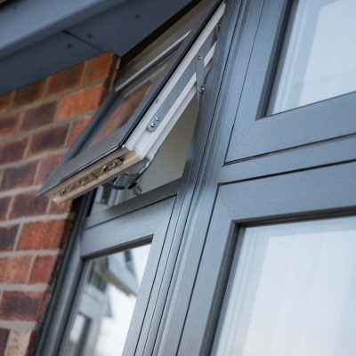 Deceuninck uPVC flush sash bow window