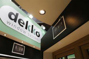 Dekko show stand
